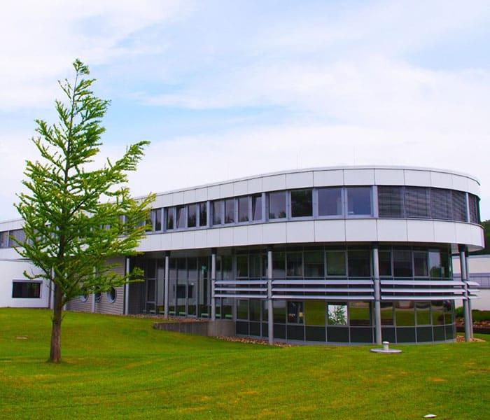 Firmengebäude Hoffmann + Krippner von außen