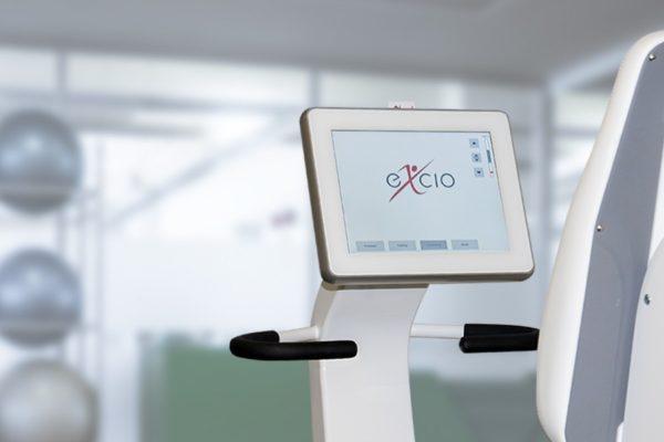 Hoffman + Krippner Touchsystem in Rehagerät im Fitnessstudio