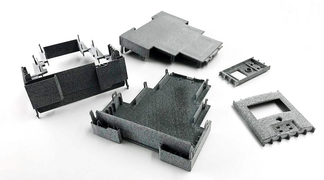 Serienproduktion im 3D-Druck: Kann additive Fertigung mit Spritzguss mithalten?